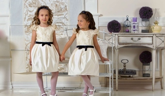 Пополнение ассортимента платьев для маленьких принцес!